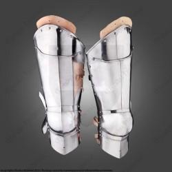 Jambes d'armure 15ème siècle