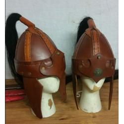 Casque en cuir type mongole
