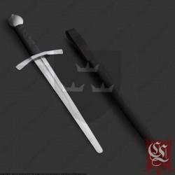 dague medievale avec fourreau